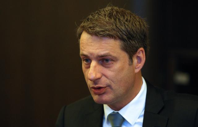 U Srbiji evidentirano 83.000 izbeglica, 500 tražilo azil